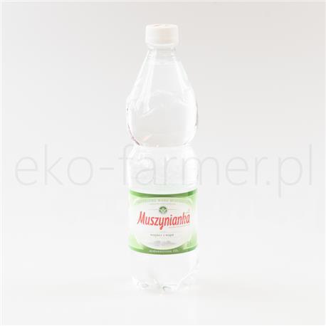 Woda Muszynianka niegazowana 600ml-572